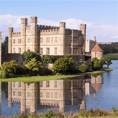 Formidable Leeds Castle in Kent