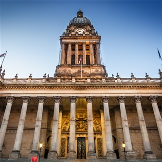 The impressive Town Hall in the vibrant city of Leeds