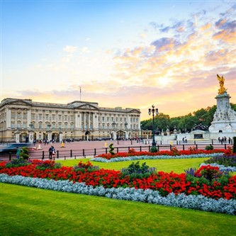 Buckingham Palace & Parliament