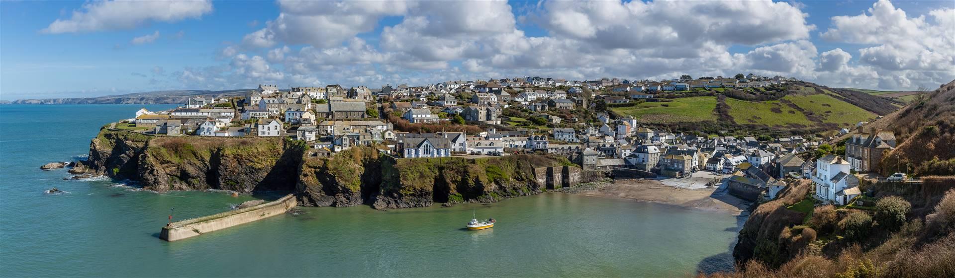 Classic Cornwall - Tintagel, Padstow & Port Issac